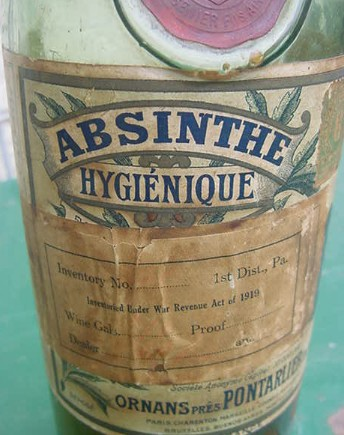 Absinthebottle